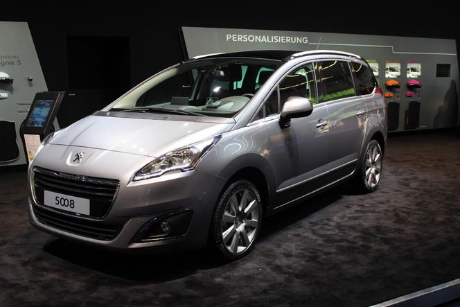 Vidéo en direct du salon de Francfort 2013 - Peugeot 5008 restylé  : pour continuer sur la lancée