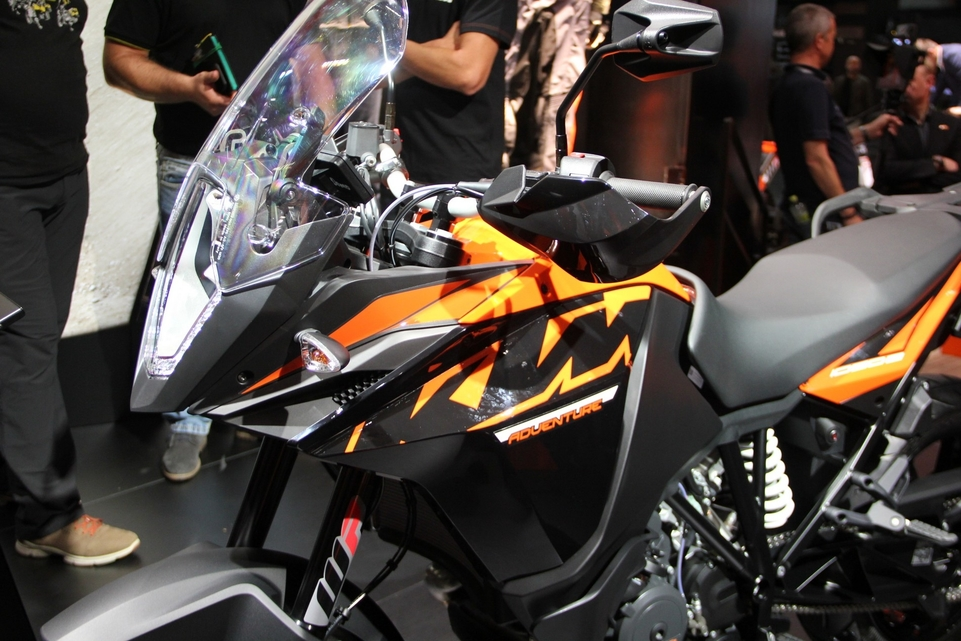 En direct d'Intermot 2016 : KTM Adventure 1090 (R)