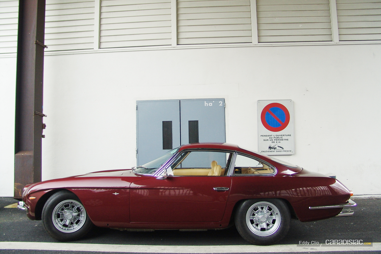http://images.caradisiac.com/images/9/0/4/3/59043/S0-Photos-du-jour-Lamborghini-350-GT-187798.jpg