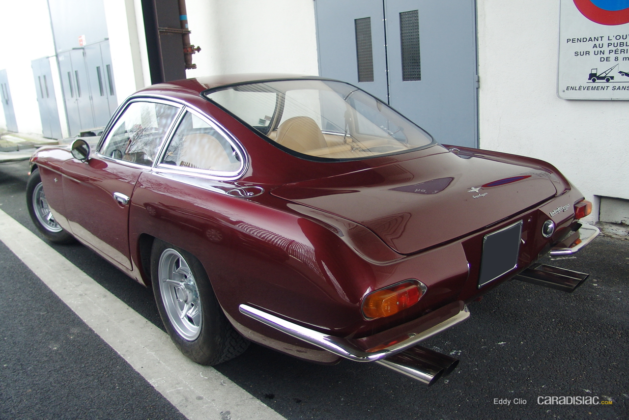 http://images.caradisiac.com/images/9/0/4/3/59043/S0-Photos-du-jour-Lamborghini-350-GT-187806.jpg