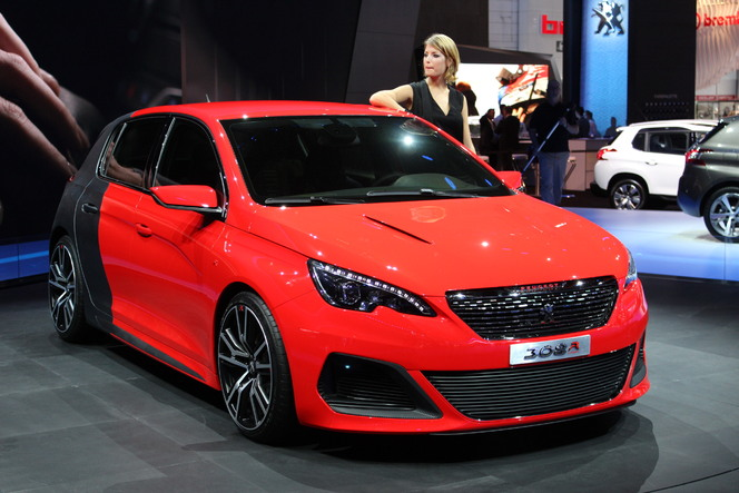 vid o en direct du salon de francfort 2013 peugeot 308 r concept d sirable. Black Bedroom Furniture Sets. Home Design Ideas