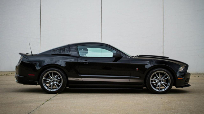 Roush Six Mustang : la Ford Mustang V6 a aussi droit à un peu d'attention
