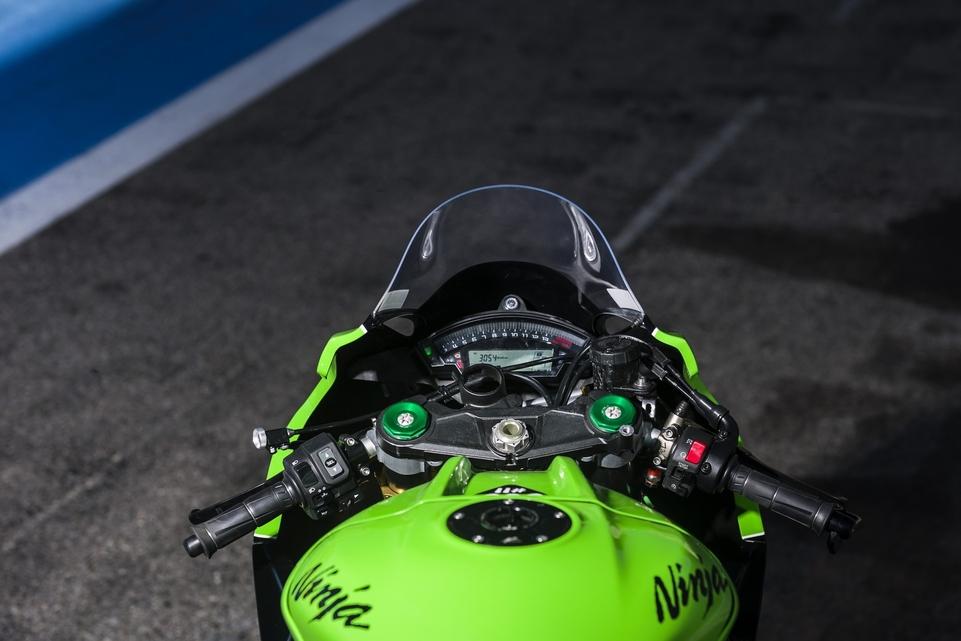 Les essais d'Arnaud Vincent : Kawasaki ZX10-R Superbike (FSBK) et ZX10-R Endurance