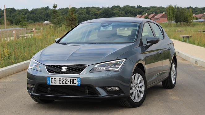 essai seat leon 2 0 tdi 150 ch dsg du mieux presque. Black Bedroom Furniture Sets. Home Design Ideas