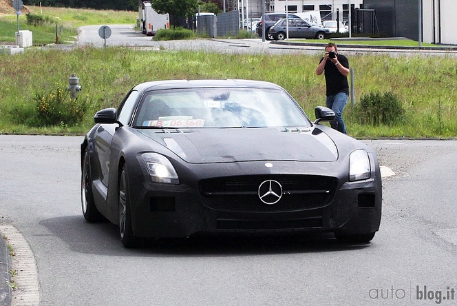 La future Mercedes SLC AMG surprise!
