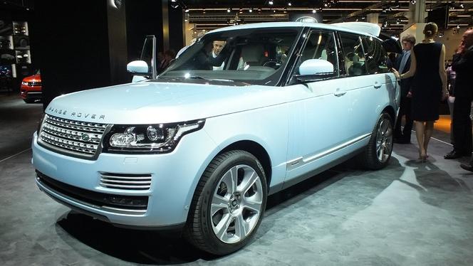 en direct du salon de francfort 2013 land rover range rover hybride un gros chameau. Black Bedroom Furniture Sets. Home Design Ideas