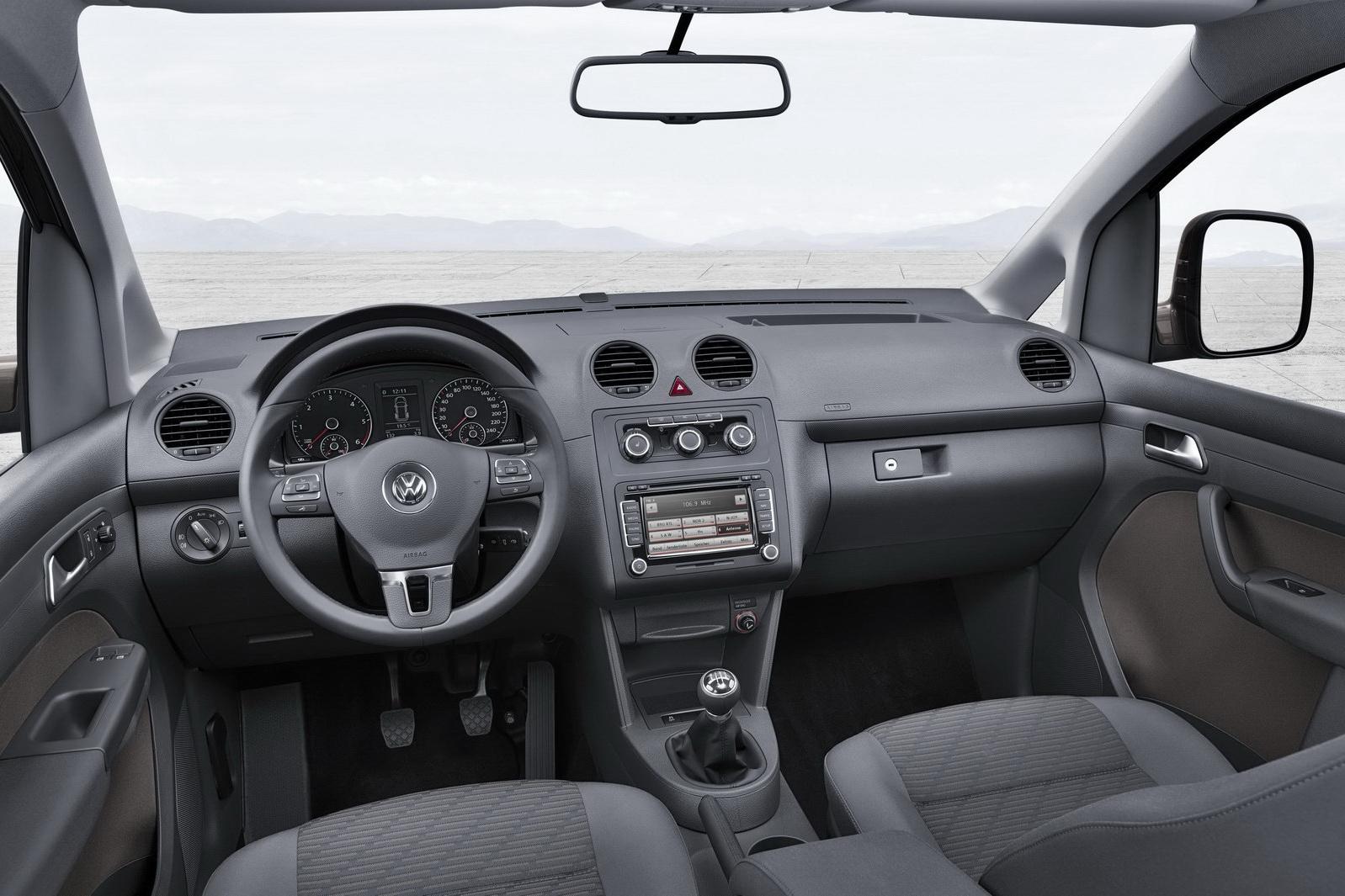 nouveau volkswagen caddy c 39 est lui. Black Bedroom Furniture Sets. Home Design Ideas