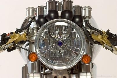 Photo du jour :  John's Chromo Ducati Monster