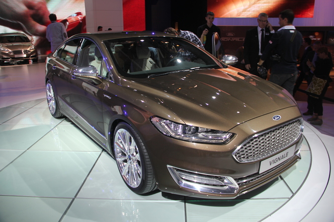 Vidéo en direct du salon de Francfort  2013 - Ford Mondeo Vignale : la ligne DS de Ford