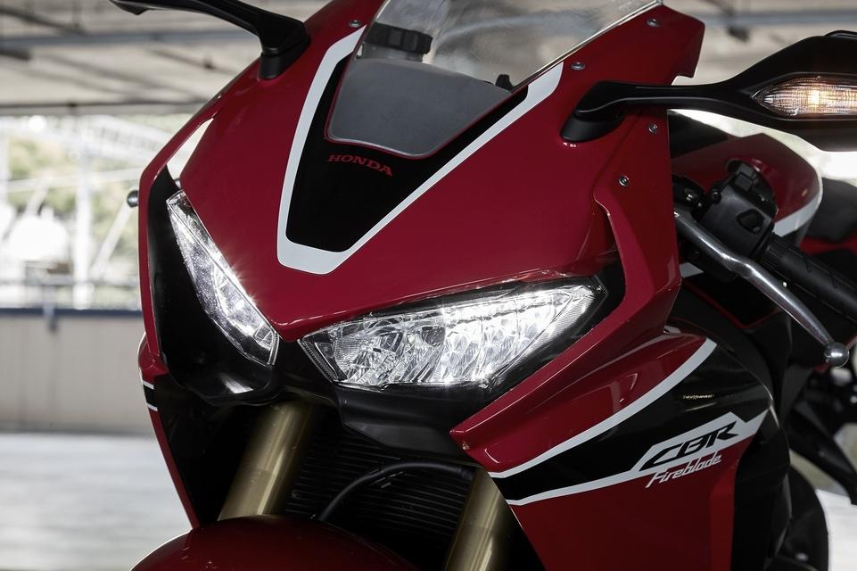 En direct d'Eicma 2016 : Honda CBR 1000 Fireblade