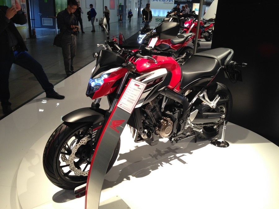 En direct d'Eicma 2016 : Honda CB 650 F