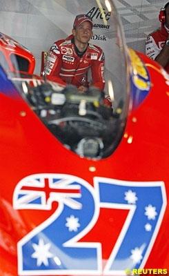 Moto GP: République Tchèque D.2: Stoner, dominateur