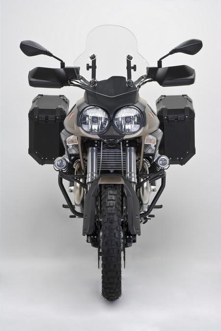 Moto Guzzi Stelvio NTX : En route pour l'aventure !!