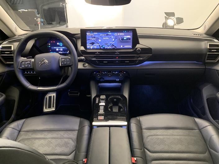 201? - [RUMEUR] Citroën C5 III [X8/X9] - Page 28 S1-presentation-video-nouvelle-citroen-c5-x-pari-ose-668844