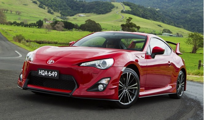 Toyota GT86: un kit officiel