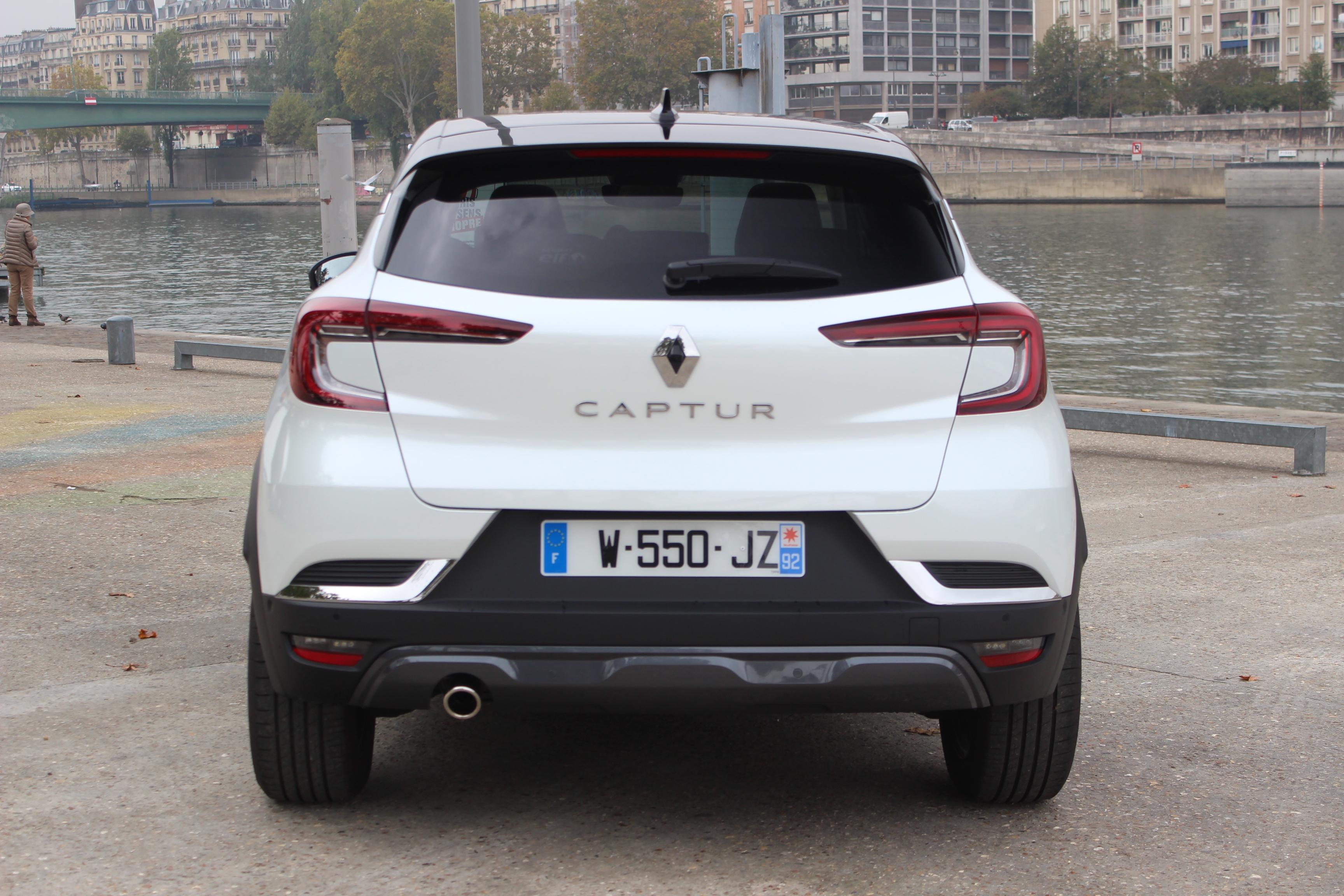 2019 - [Renault]  Captur II [HJB]  - Page 11 S0-essai-renault-captur-tce-155-ch-initiale-paris-que-vaut-le-captur-le-plus-puissant-et-le-plus-cher-610178