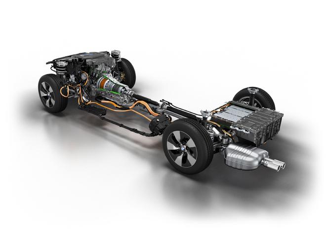 BMW présente un hybride rechargeable à quatre cylindres de plus de 600 ch et 1000 Nm