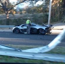 Il détruit sa McLaren P1 le lendemain de sa livraison