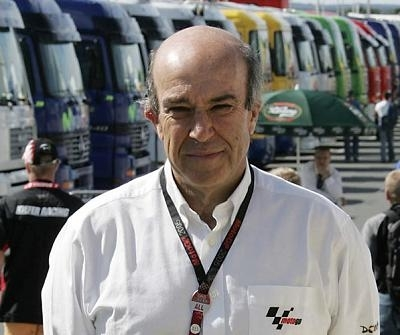 "Moto GP 2008: Ezpeleta: ""La limitation des pneus est une erreur"""