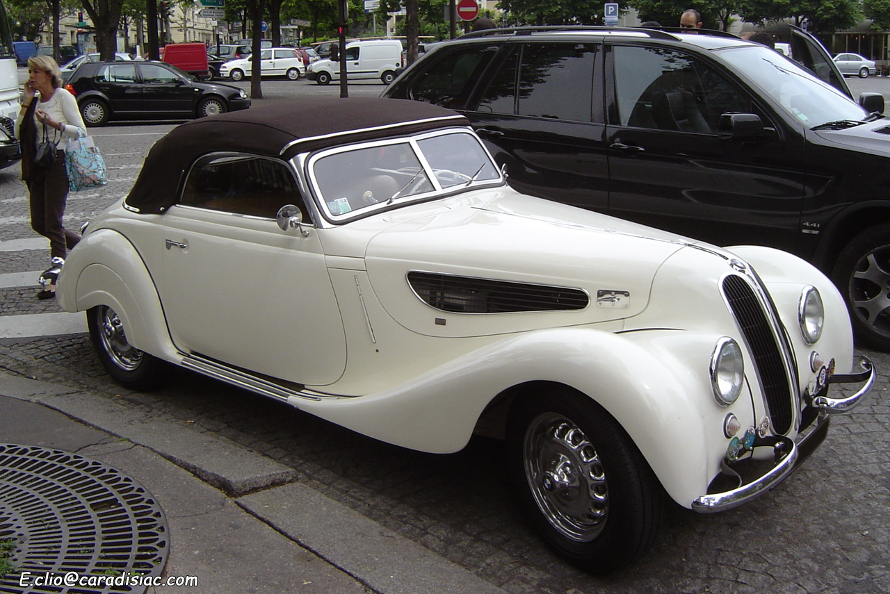 Photos du jour : BMW 327