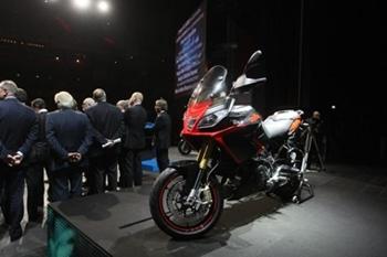 Actualité Moto : Nouveauté, Aprilia présente sa Caponord 1200