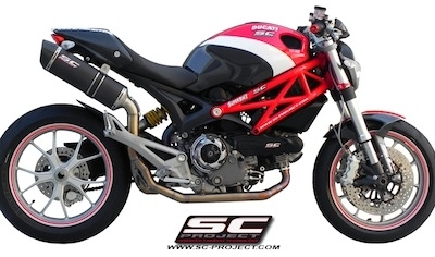 SC Project aligne la Ducati 1100 Monster.