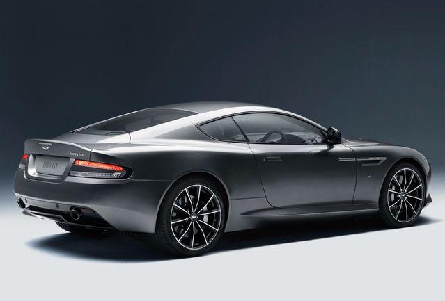 Une belle auto est une auto qui supporte bien le poids des années. Incontestablement, la DB9 fait partie de ce club très privé.