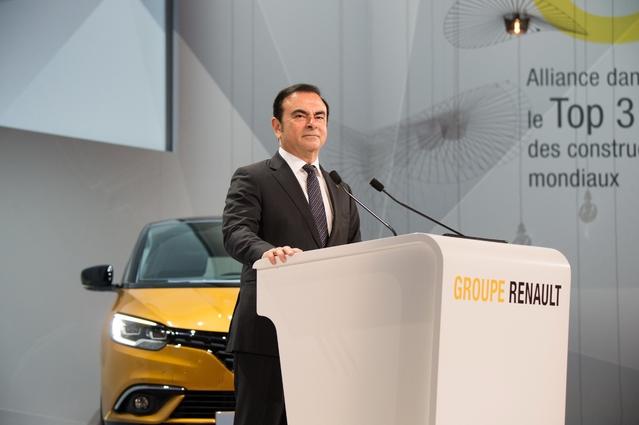Renault annonce de très bons résultats semestriels, et s'attache en même temps à éteindre les polémiques concernant le salaire de son PDG Carlos Ghosn.