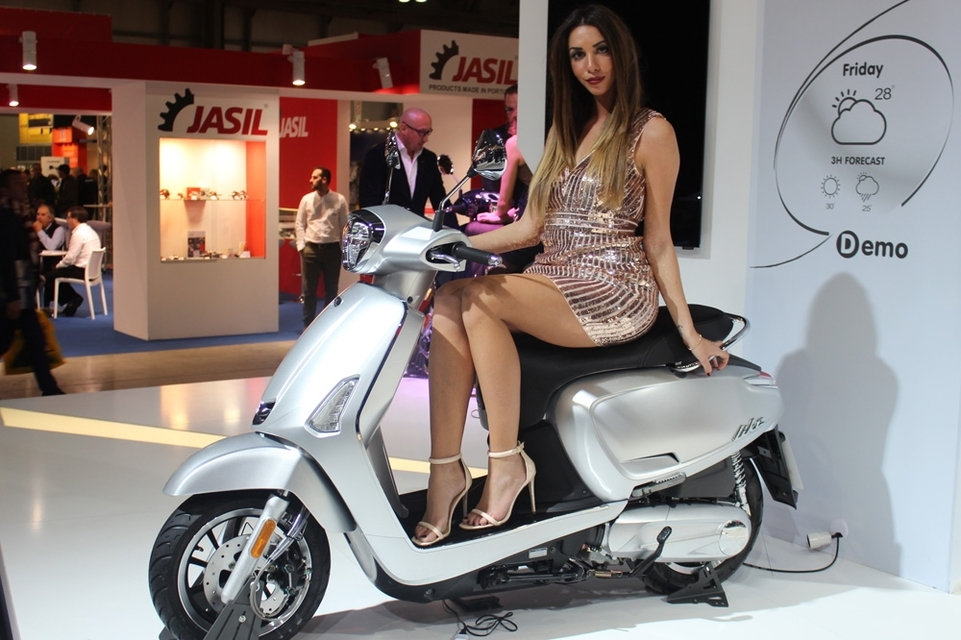 En direct d'Eicma 2016 : Kymco Like 50/125