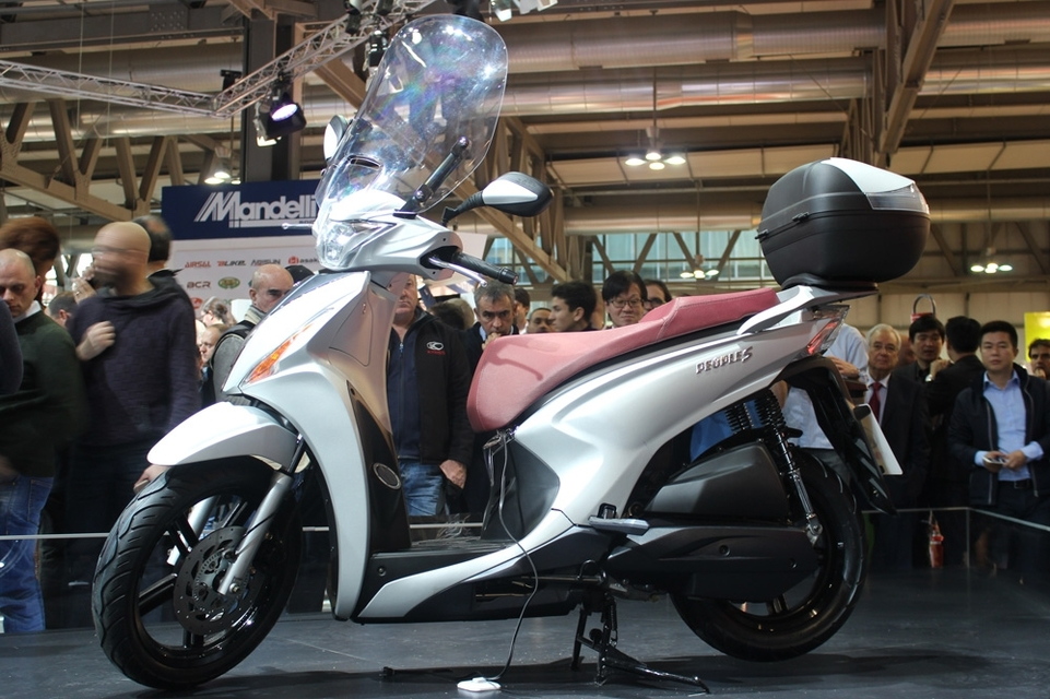 En direct d'Eicma 2016 : Kymco People S 125