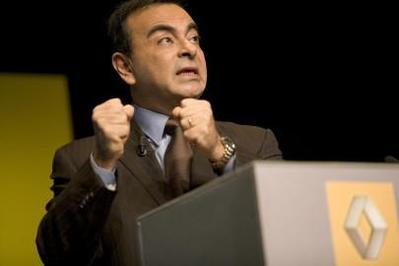 Point info de 15h - Etats généraux de l'automobile : « Le made in france est pénalisé de 1000€ » Carlos Ghosn.