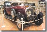 Le Prince Rainier III de Monaco :  Un collectionneur de voitures anciennes  averti