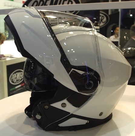 En direct d'EICMA 2016: Premier Helmets
