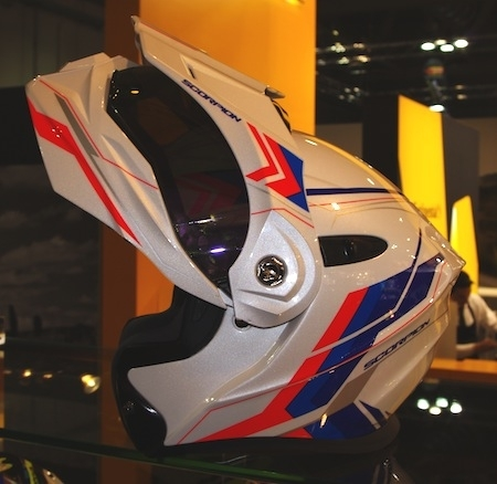 En direct d'EICMA 2016: Scorpion