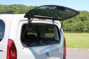 Comparatif vidéo : Citroën Berlingo vs Volkswagen Caddy : changement d'époque
