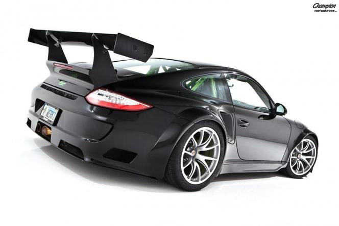 "Une Porsche 911 RSR ""street legal"""