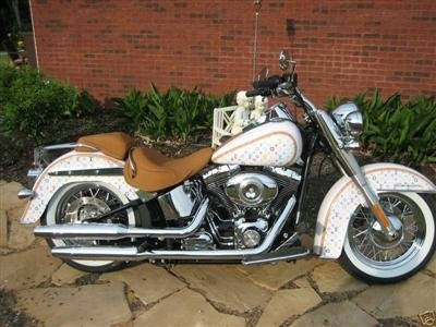 Photo du jour : Harley-Davidson Softail Deluxe Louis Vuitton