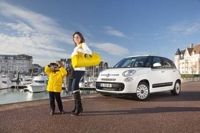 Fiat présente une 500L Petit Bateau