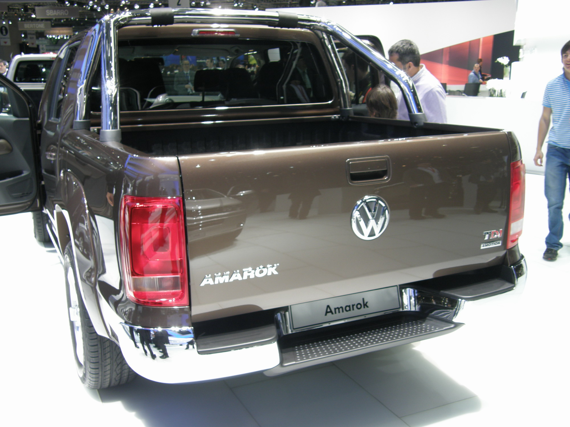 volkswagen amarok pick up bas co ts. Black Bedroom Furniture Sets. Home Design Ideas