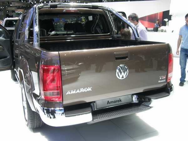 volkswagen amarok pick up bas co ts. Black Bedroom Furniture Sets. Home Design Ideas