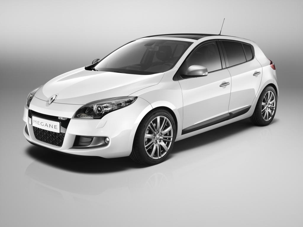 S0-Geneve-2010-Renault-nouvelles-finitions-GT-et-GT-Line-sur-la-gamme-Megane-Touches-de-sport-157977