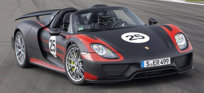 Porsche 918 : le Nürbrugring en 6mn57s chrono (vidéo)