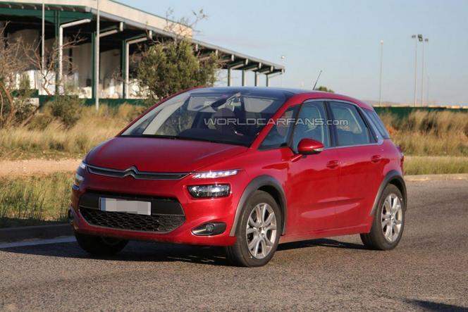 Surprise : un Citroën C4 Picasso Cross dans les tuyaux ? Ou tout autre chose