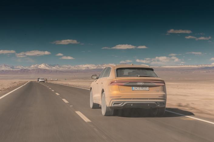 Roadtrip - On a traversé le désert le plus aride du monde en Audi Q8