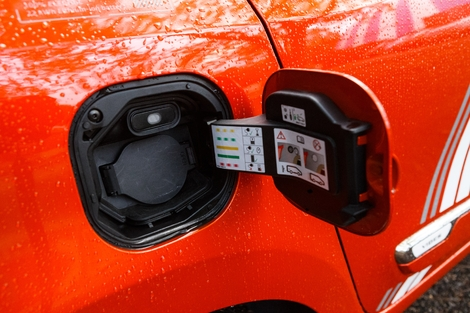 """The Twingo is more efficient but with a smaller 22 kWh battery, autonomy is """"what"""" of 190 km."""
