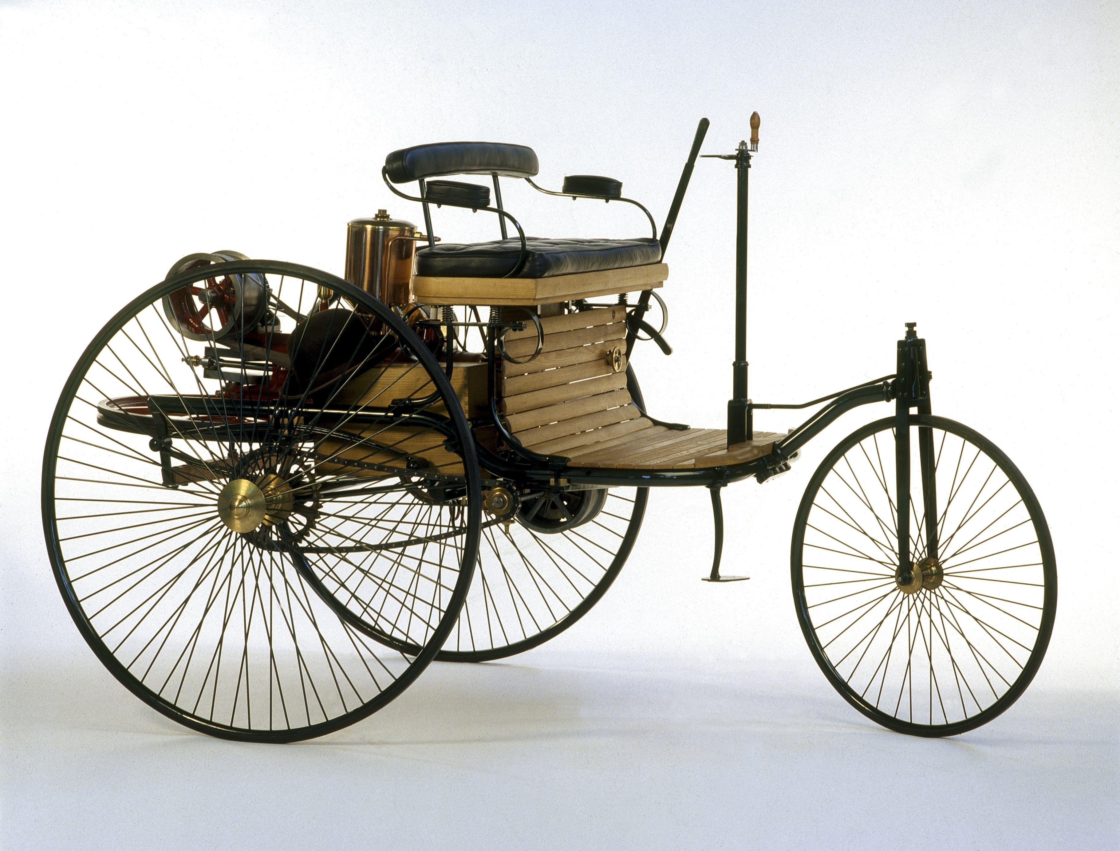 """Résultat de recherche d'images pour """"première voiture"""""""