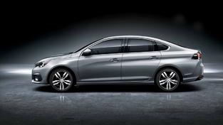 Notre 308 à 5 portes est déclinée en deux versions à coffre en Chine. Il y a d'abord cette 308 Sedan, présentée en avril dernier…