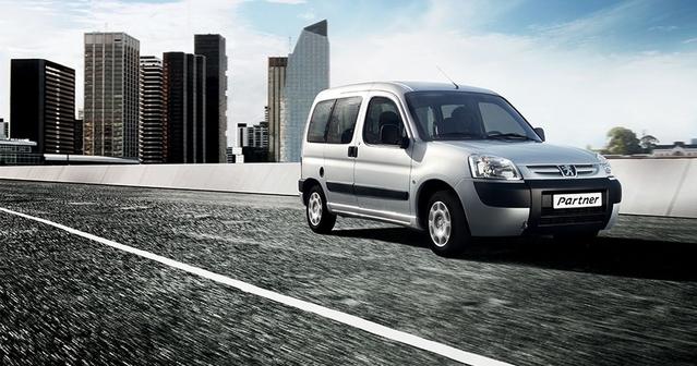 Les Berlingo, Partner et Kangoo vendus en Argentine sont des modèles de première génération, alors qu'ils ont été remplacés chez nous en 2008!