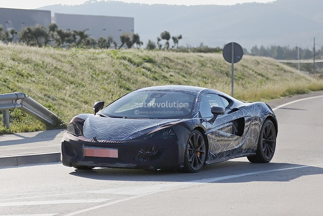 Surprise : la future McLaren Sport Series P13 se montre