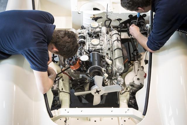 BMW a reconstruit entièrement un V8 3.2 pour que l'auto soit dans son état d'origine. Le constructeur bavarois a décidé de ne pas mettre de numéro de série sur le moteur étant donné que les pièces utilisées proviennent d'horizons différents (neuves, collection...).